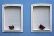 Weisse Fenster und Rolladen