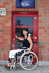 Rollstuhlfahrer WC