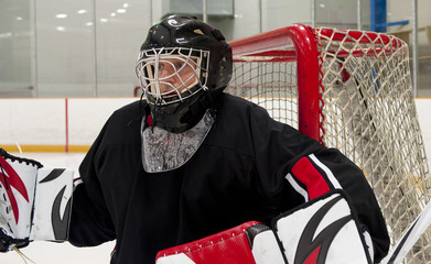 Ice hocley goalie