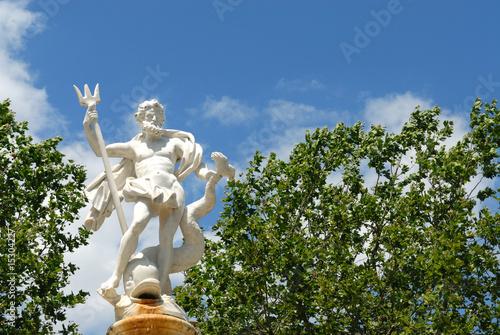Leinwanddruck Bild fontaine de Neptune, carcassonne