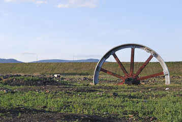 big red wheel