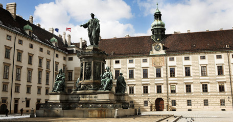 Statues infront of building in Vienna