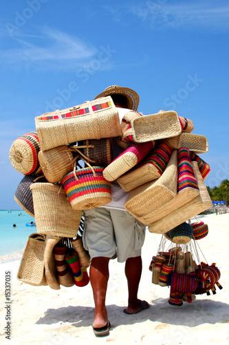 Strandverkäufer in Mexiko - 15337035
