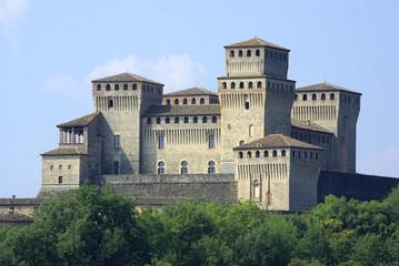 Emilia Romagna, il Castello diTorrechiara 4