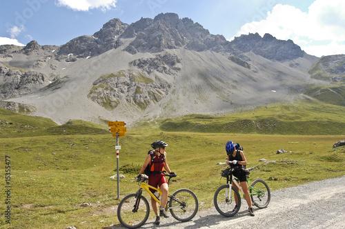 Deurstickers MTB-Tour in Graubünden
