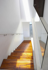 Staircase and handrail with mirror