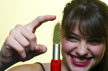 girl with cactus lipstick