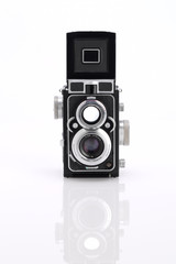 Isolated twin lens reflex camera