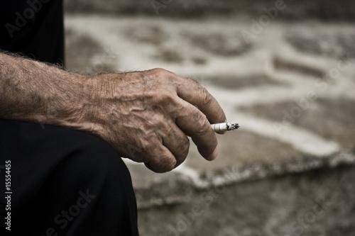 Vecchio fumatore - 15554455