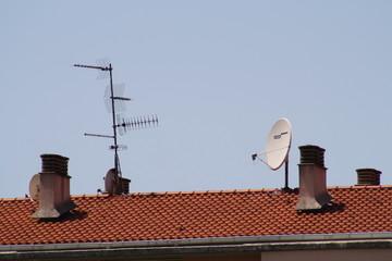 Antenas en el tejado.