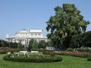 Volksgarten und Burgtheater