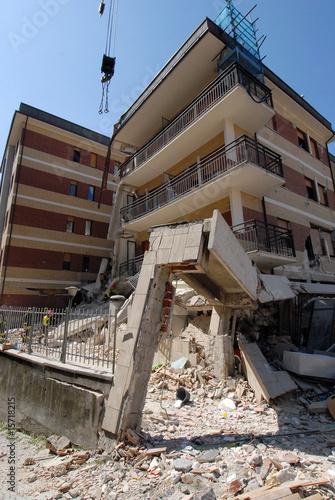 terremoto abruzzo 5 - 15718215