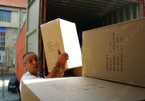 manutention de cartons
