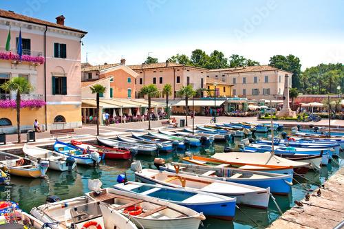 Leinwanddruck Bild Bardolino Gardasee Italien Hafen