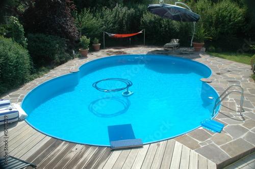 Achtformschwimmbecken - 15801239