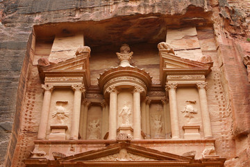 the upper detail of Treasury of Petra
