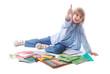 Ecolier heureux et fournitures scolaires