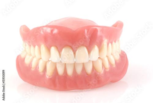 Zahnersatz.