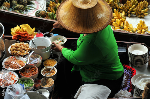 floating market - 15955428
