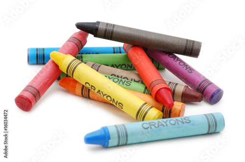 Crayons lying in chaos - 16034472