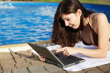 Emails abrufen am SwimmingPool