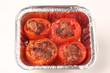 tomates farcies dans une barquette alu