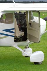 Motorflugzeug, Flugzeug