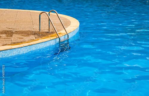 Foto op Plexiglas Kanaal Swimming pool steps