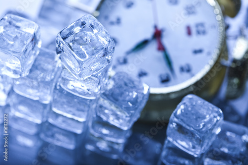 Clock and Ice cubes