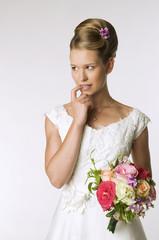 Junge Braut Beißen Finger, Portrait