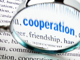 mot coopération bleu sous la loupe poster