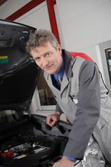 autowerkstatt kfz mechaniker