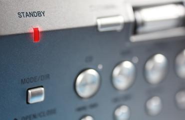 Energieverschwendung-Standby-LED an Hifi-Gerät