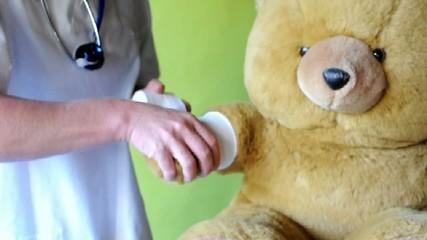 Dr.Teddy