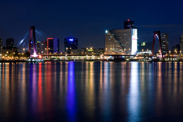 Willems bridge of Rotterdam. NIght view
