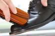 Schuhe putzen - Give your shoes a shine