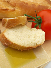 Olive oil bread and tomato