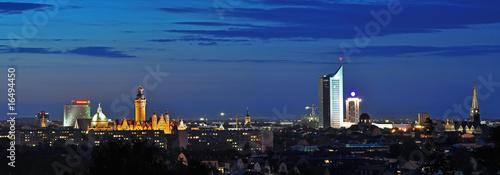 Skyline von Leipzig bei Nacht