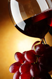Grapes and red wine - 16508024
