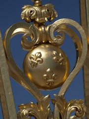 Flor de lis, simbolo de los Borbones de Versalles
