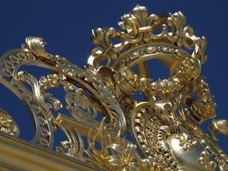Corona borbonica en Versalles