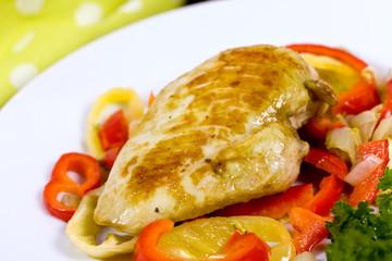 Hühnerbrust mit Paprika ,gegrillt