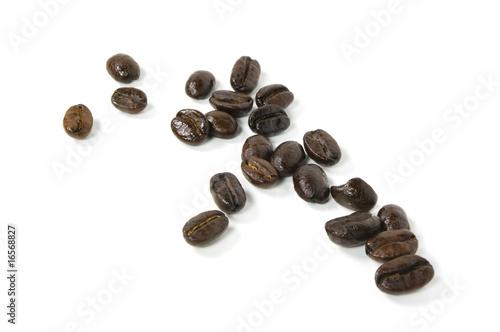 Fotobehang Koffiebonen Fresh roasted coffee beans isolated on white.
