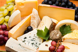 Fototapety Assortiment et plateau de fromage