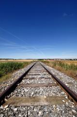 Gleise einer Nebenbahn