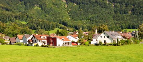 vallée alpine...hameau