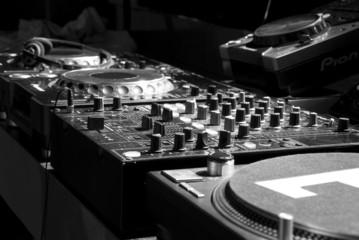 dj, console, musica