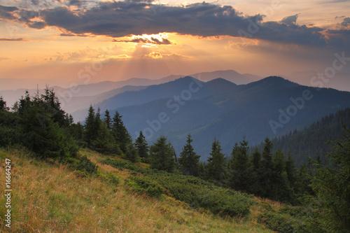 rano w górach