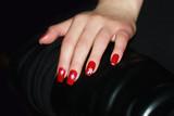 rot lackierte gepflegte fingern gel stockfotos und lizenzfreie bilder auf bild. Black Bedroom Furniture Sets. Home Design Ideas