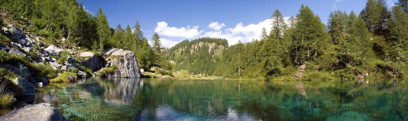 Panoramica lago delle streghe